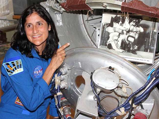 sunita williams in space station-#23