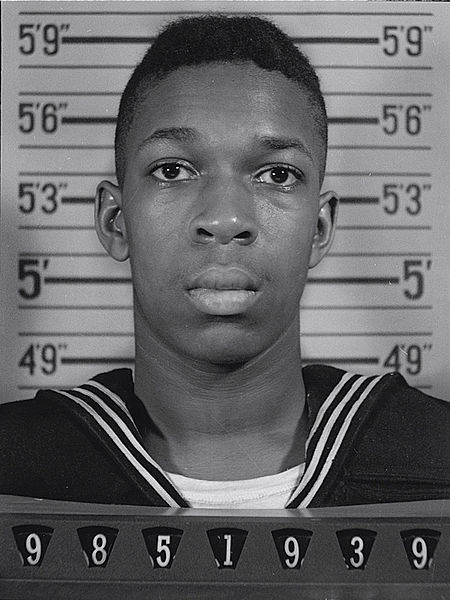 450px-U.S._Naval_Reserve_portrait_of_Johnny_Coltrane