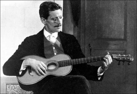 Joyce and guitar
